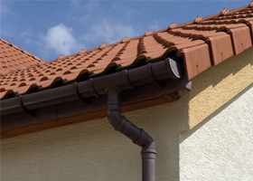 gutter cleaning canberra